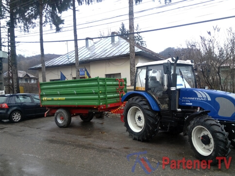 tractor visinesti
