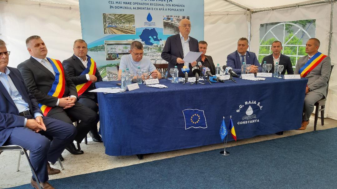 Vești bune pentru  locuitorii comunei dâmboivițene Crevedia. S-a semnat contractul de execuție lucrări de modernizare și extindere a infrastructurii de apă și canalizare în comuna Crevedia. Evenimentul a avut loc astăzi, 18 iunie 2020, la sediul Centrului Zonal RAJA din Buftea.